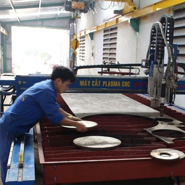 Kiểm tra máy cắt CNC trước khi gia công