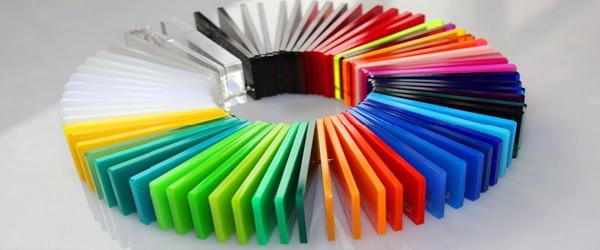 Màu sắc tấm mica rất đa dạng, phù hợp sử dụng cho nhiều mục đích khác nhau