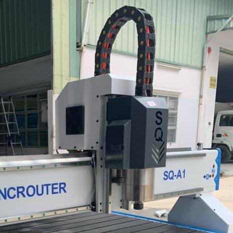 Nên Chọn Máy CNC Động Cơ Bước Hay Động Cơ Servo